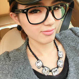 2013 Hot selling Fashion ladies chain fashion female  pearl chain short design necklace