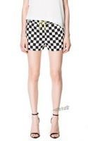 2013 new arrival black and white plaid summer autumn women shorts lady shorts s/m/l/xl hot sale free shipping