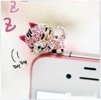 1 pcs Crystal Diamond Cute Fortune Cat  Style 3.5mm Headphone Jack Charm Dust Plug Cap for iPhone 5,4,4s,iPad iPod ,Samsung S4
