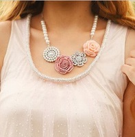 Min.order is $10 (mix order) Free shipping,Han a beautiful Pearl Flower Necklace #F47