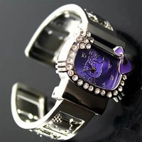 1pcs Free shipping New Hello Kitty Quartz Girls Ladies Women Bracelet watch WristWatches A072 ( 5 colors to choice)