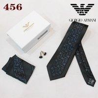 Classic Men Wedding Tie Business Formal Necktie Set (Necktie+cufflink+Scarf+Gift box)