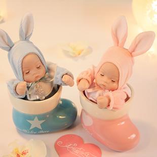 Freeshipping Meias cerâmica dom caixa de música boneca cabeça bobble aniversário pequeno presente romântico para a menina(China (Mainland))