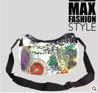100% of the  DESIGUAL Exaggerated style KASITA illustrations graffiti design 3 d car line of handbags