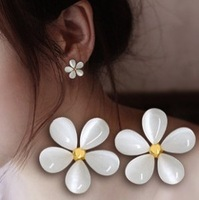 Fashion Korean Charms Jewellery Cute White Cherry Blossom Flower Stud Earrings C25R4 Free Shipping