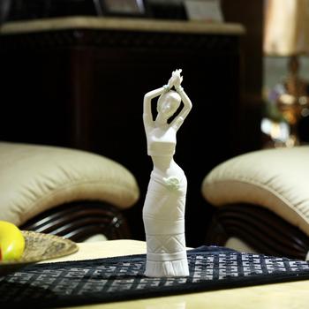 Jingdezhen ceramic sculpture beauty gift furnishings crafts modern home accessories decoration