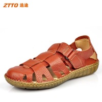 New arrival ztto Men cowhide handmade toe cap covering sandals ultra soft comfortable cow muscle outsole leather sandals