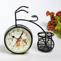 European retro fashion style table clock fashion creative bike clock