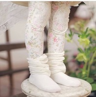 2013 autumn new arrival Children's patch lace small rustic 100% all-match cotton girl legging baby underwear 2colors