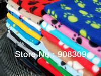Free shipping! Hot Sell New Pet Puppy Dog Cat Paw Print Couture Fleece Blanket Mat Soft Warm Towel Size S M L