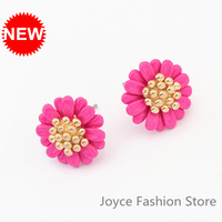 Min Order $10,Charms Fashion Cute Sweet little Daisy Flowers Stud Earrings,Retro Vintage Accessories,E40