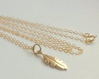 Free Shipping!!! 10pcs Factory Price Costume Jewelry Gold Feather Charm 14K Gold-Filled Chain Christmas Gift