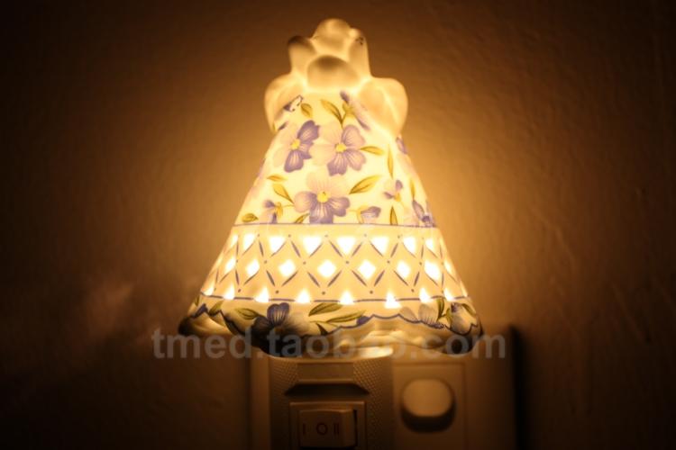 Moda esculpidas em cerâmica pequeno noite luz luzes passagem ligar parede lâmpada 3w frete grátis(China (Mainland))