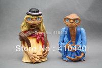 RARE NEW The Extra Terrestrial E.T. Film Movie Micro Plastic Figure 2pcs