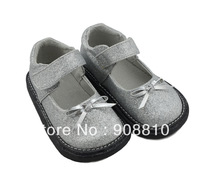 The girls shoes silver glitter mary jane flat sole with bowtie 2013 New wholesale retail free shipping