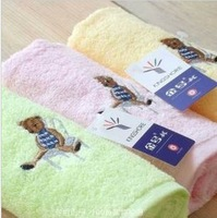 cartoon designing children towel ,baby washing towel,with free gift per parcel,MOQ one piece
