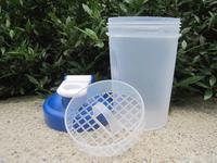 Blue 400ml  shaker bottle  protein bottle with Plastic Netting