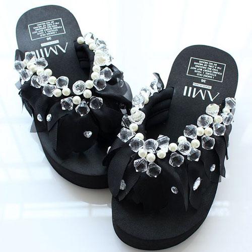 Artesanais projeto original pequenas pérolas de cristal Senhoras transparentes moda sandálias chinelos sandálias(China (Mainland))