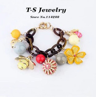 2013 New Fashion Charm Bracelet Women Small Bee Glaze Flower Pearl Chain Statement Bracelet Jewelry Free Shipping