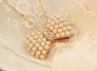 Necklace - Free shipping Fashion Pearls Bow Bowknot Butterfly Short Female Clavicle Necklace N01