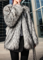 The new autumn and winter temperament luxury Leather grass overcoats European style fashion fur coat jacket