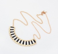 X141 Fashion color block crescendos all-match necklace thoracic chain necklace  free shipping (Min order $10 mixed order)