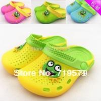 2014 kids children Summer frog slippers hole sandals female mules flip flops EVA hole garden beach shoes for 2-7yrs