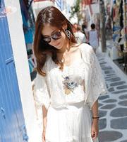 New Arrival Fashion White Cardigan Short Design Lace Shirt Thin Women's Sweet Sunscreen Shirt Air Conditioning Shirt Top F14436