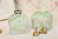 free shipping 100pcs light Green Prince crown  gift box candy box wedding Favor box