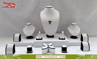 Free Shipping Jewelry Display  Wholesale  Showcase Mix Jewelry Stand Kit Round White PU Black Velvet