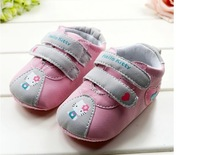 Baby Wear  Fashion Children's Shoes  New Arrival Pink Lovely Sweet Hello Kitty ShoesTo Wear Comfortable  Free shipping 12pcs/lot