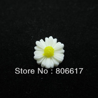 Free Shipping 100 Pcs White Daisy Flower Resin Flatback Cabochon Scrapbook Embellishment DIY Phone Decoration 12mm Dia(W02433)