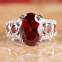 HOT OVAL CUT GARNET & WHITE TOPAZ SILVER RING SIZE 8 R1-02377