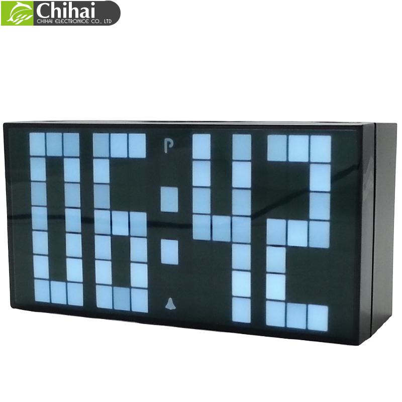R tro clairage led grand r veil num rique simple horloge for Calendrier digital mural