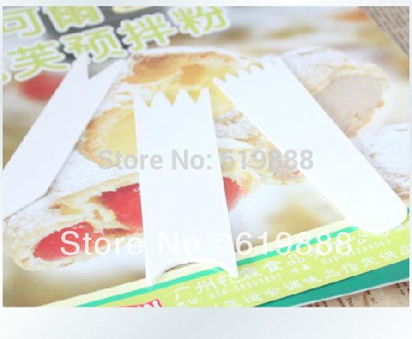 Multipurpose 3Pcs Baking Scraper Cutter Butter Knife Plastic Cake Dough Scraper Cutter Kitchen Baking Boards Tools