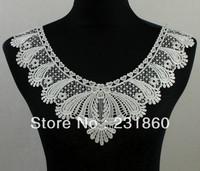 1 X Applique Off White Neck Neckline Collar Heart Venise Lace Trims 38X27cm