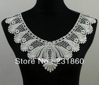 1 X Applique Off White Neck Neckline Collar Heart Venise Lace Trims 38X27cm