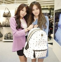 2013 new Korean version of the rivet unisex backpack backpack leisure backpack! Free shipping!