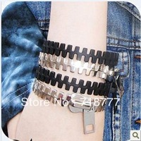 Min.Order Is $15(Mix Order)Free Shipping New Arrival Punk Rock Biker Modeling Exaggerated Personality Zipper Bracelet B15 B76