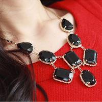1pcs 2014 new Gentlewomen elegant ol elegant accessories female fashion gem drop necklace female A0162