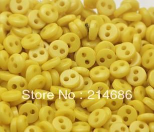"Free wholesale 300pcs lots yellow Resin Mini Micro diy dolls/kids clothes sewing round buttons Scrapbook 5mm 0.2"" Knopf Bouton(China (Mainland))"