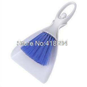 Car multifunctional cleaning brush outlet clean dust brush seat taiwan car brush instrument