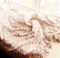 Free shipping    Pink leopard print coral fleece blanket winter thermal sheets blanket air conditioning blanket