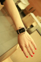 Fashion brief fashion magazine recommended personality women's cutout lovers watch