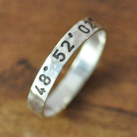 925 sterling silver personalized stamped name ring - engraved ring, custom coordinates, words