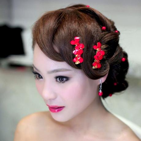 Red white wedding dress rhinestone hair accessory the wedding hair