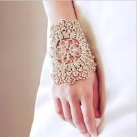 Gorgeous ! Vintage Rhinestone Crystal Wide Chain Bracelet White Silver Bridal Free Ship