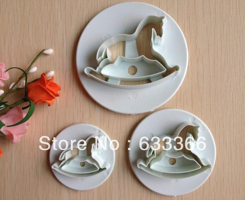 O envio gratuito de madeira 3PCS forma cavalo açúcar molde Arts definir Fondant Bolo ferramentas / bolinho cortadores A132(China (Mainland))