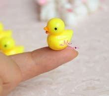 Dolls Toys For Girls 1/12 Dollhouse Miniature lovely Yellow Duck 2pcs Furniture(China (Mainland))