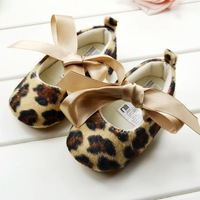 Retail Free Shipping 2013 Fashion Leopard Pretty Children's Shoe Gold Print Baby Shoes Soft Soled Sapatos Age 0-18month 23